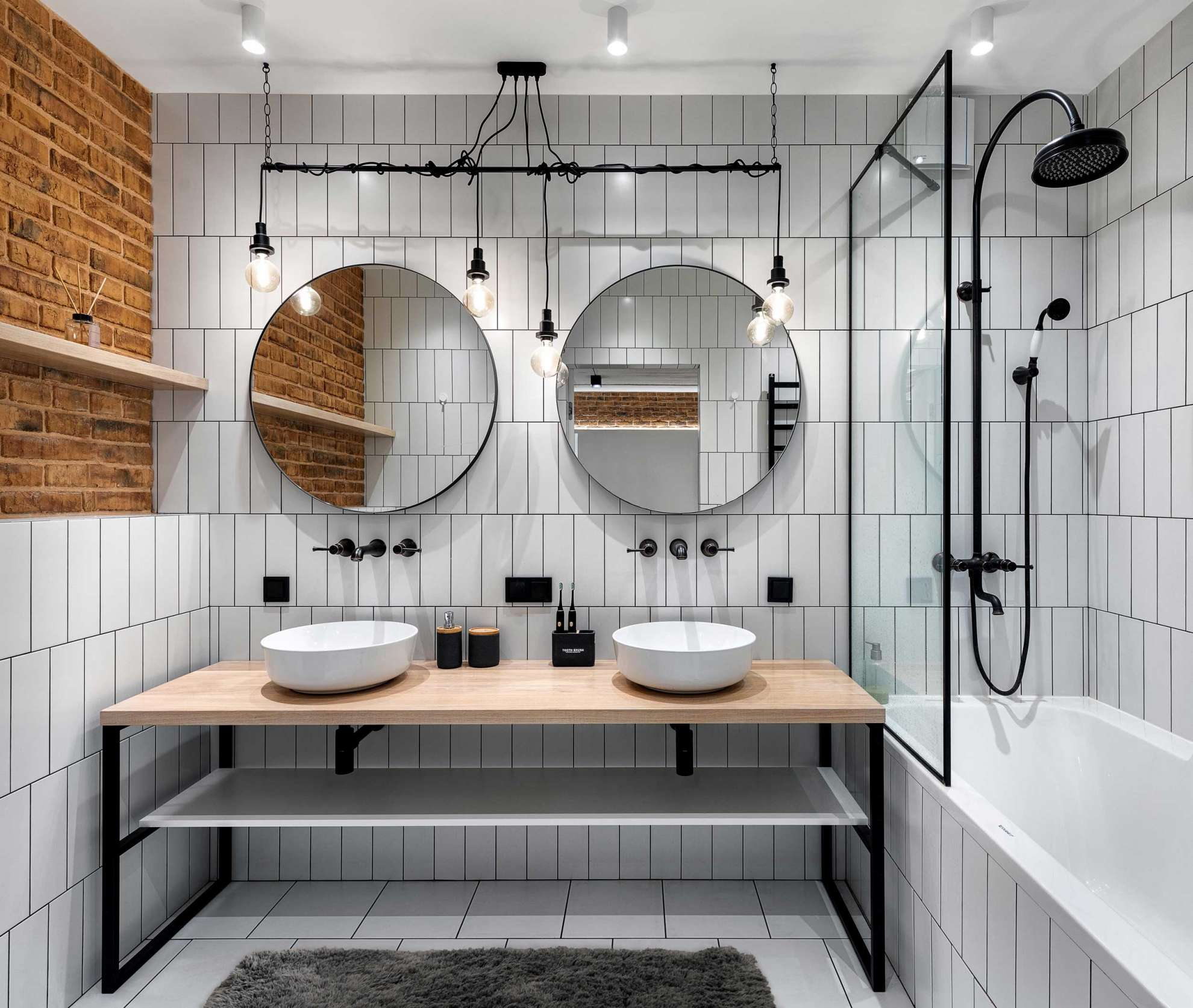 bathroom-loft-interior.jpg